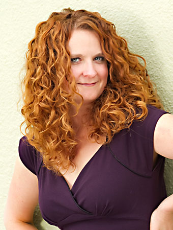 Jess McGuinty, the founder of the company Jessicurl