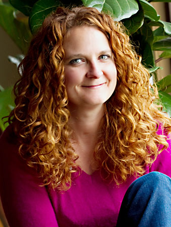 Jess McGuinty, lover of curly hair and Jessicurl founder!